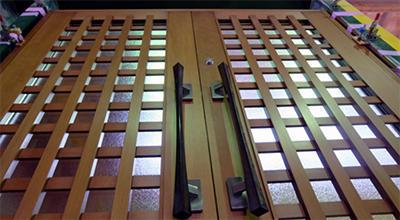 桝格子両開きドア 2.jpg